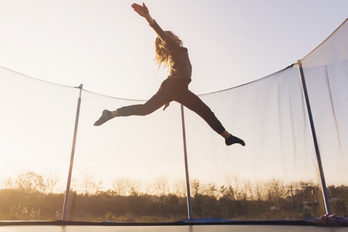 exercitii fizice trambulina